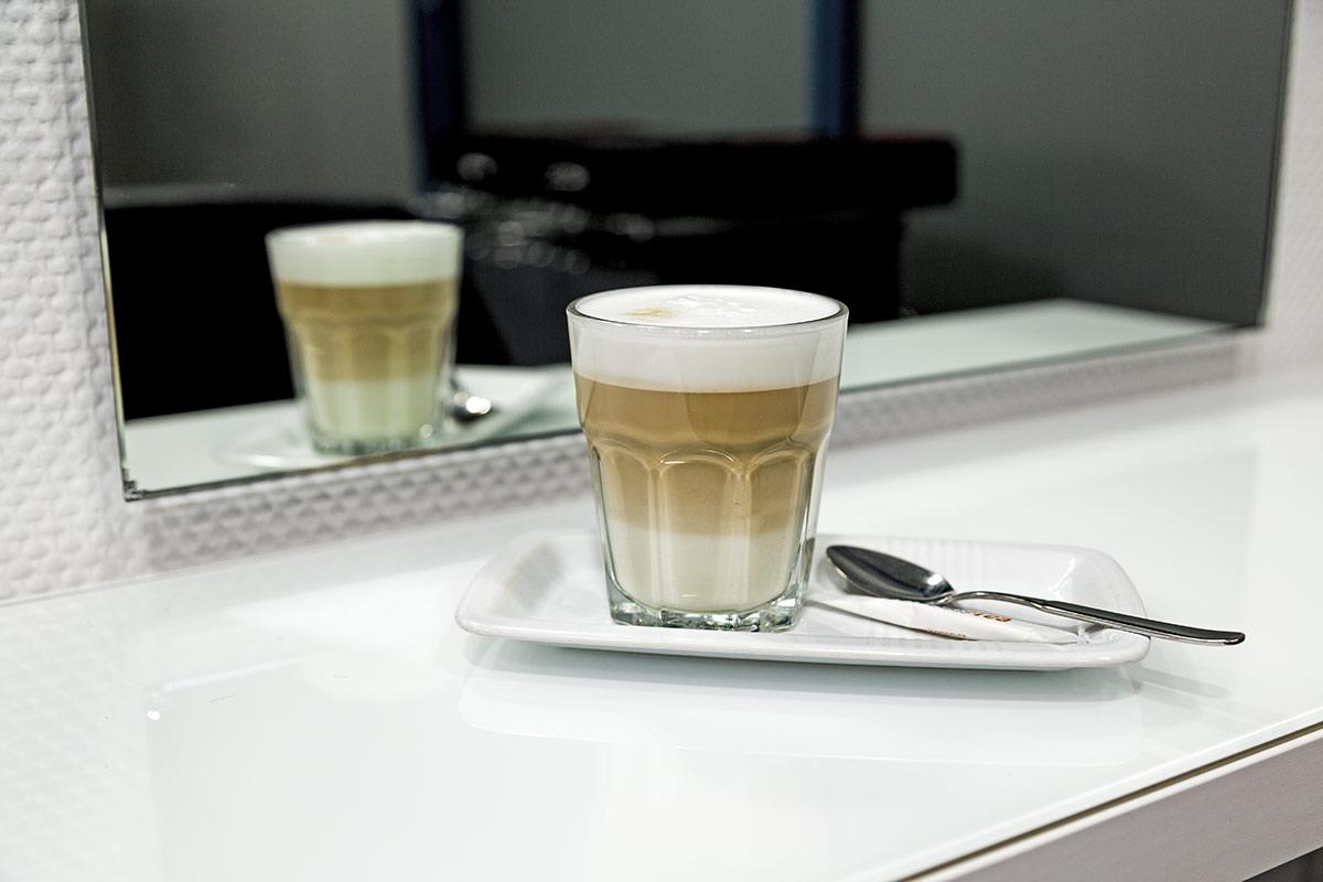 Friseursalon-Siegward-Schneider-Kaffee